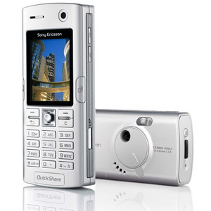 Sony Ericsson K608i, 3G + Triband (2 color options) - New